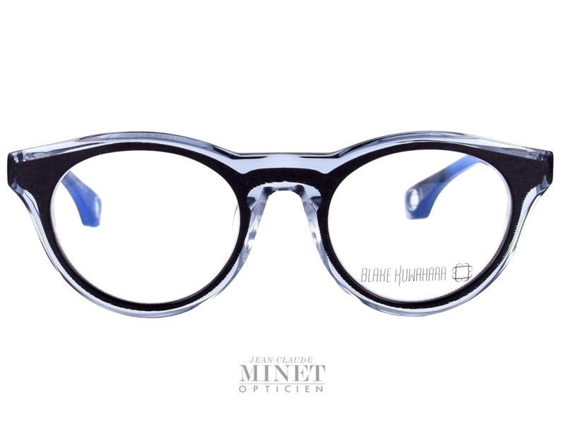 Lunettes optiques pour homme Blake Kuwahara Corbu noire. Lunettes optique en acétate noir et crisyal. Les lunettes Blake Kuwahara sont la combinaison parfaite de l'expérimentation et une innovation audacieuse.