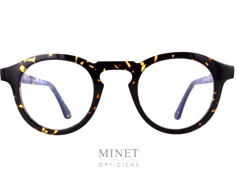 Lunettes optique Thierry Lasry Courtesy. Lunettes optique vintage de forme pantoscopique et de couleur écaille de tortue.