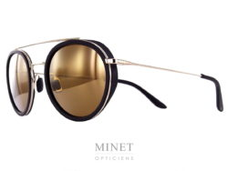 Vuarnet Edge Ronde VL1513 . Mélange entre lunettes sport et lunettes élégantes, de forme pantos. Chic par le métal et sport grâce aux coques. La fine monture est dorée et les verres ont un très beau miroir or.