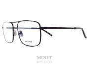 Saint Laurent SL 152. Lunettes optiques métal pour hommes. De formes vintage, la monture est en métal noir et de forme rectangulaire.