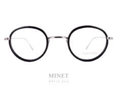Tom Ford 5521. Petite lunettes rétro en métal de forme pantoscopique. La face est surmontée de cercle en acétate noir.
