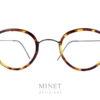 Petite lunettes pantos, ultra légère et super résistante car elles sont en pure titane. Les Lindberg Jackie font partie de la collection bien connue, Air Titanium Rim, qui a grandement participé à la renommé de Lindberg.