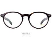 Les Lunor A5 249 sont des lunettes de style rétro, de formes ovale en acétate de cellulose de couleur écaille de tortue. Elles sont très légère et fabriquées avec une finition très haut de gamme ce qui vous garantira une monture confortable et élégante qui vous accompagnera pour un bon bout de temps.