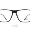 Les Philippe Starck SH3030 sont de grandes lunettes rectangulaires pour hommes de couleur écaille faisant partie de la collection Gravity Evo. Intemporelle, cette collection est composée en Gravity, matériaux, résistant et léger, exclusif à ces lunettes. Exclusif, comme les fameuses charnières qui permettent aux branche de bouger dans les 3 dimensions.  Inventées par Philippe Starck, il les a imaginées en s'inspirant de l'articulation de l'épaule. Concept appelé BioVision. Élégance et intelligence sont les maîtres-mots de PhilippeStarck, célèbre designer. C'est en suivant ce crédo qu'il conçoit les lunettesStarckEyes en association avec le célèbre lunetier Alain Mikli. Ils ont donné naissance à une collection de lunettes design sans équivalent ! Elles sont à la fois légères, confortables et résistantes grâce à l'utilisation de matériaux tels que l'aluminium ou le titane. Les lunettesStarckEyes, c'est aussi et surtout un système de charnières breveté unique et innovant. Grâce à elles, vous ne casserez plus jamais les branches de vos lunettes. Le design de ses modèles reste épuré avec des lunettes plutôt sobres et très élégantes.