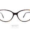 Les lunettes Tom Ford 5421 sont de très belles lunettes optique dames papillonnantes. Montures vintage, très élégantes et très tendance. Elles existent en noir brillant ou en imitation écaille de tortue.