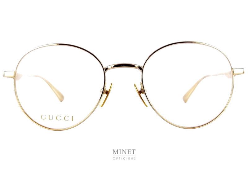 Les Gucci GG 37O sont de très belles monture optique en métal doré.