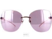 Lunettes solaires dames sans monture, les Pomellato PM88S sont de vrais lunettes bijoux. Très légères, les branches brillantes sont serties de pierres en accord avec la collection de bijoux.
