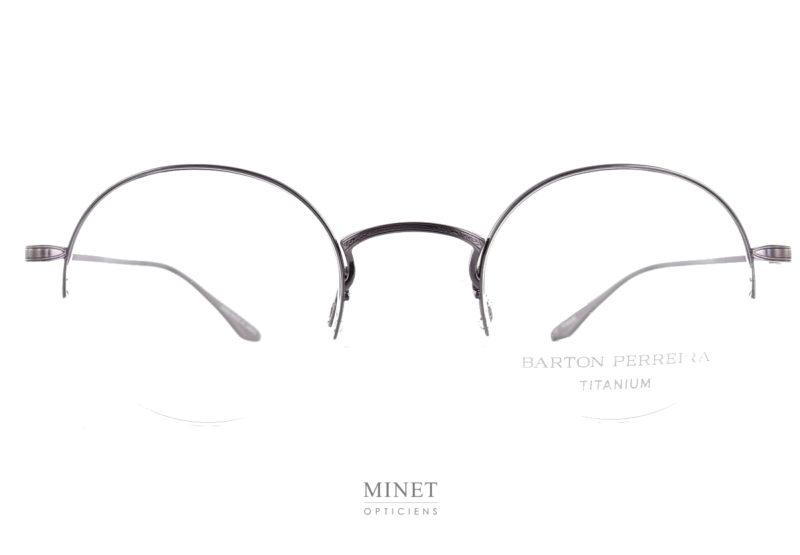 Barto Perreira Atticus. Très belles lunettes optiques pour homme. La monture est en titane Japonais haut de gamme, lui donnant une grande solidité et un belle légèreté. Cette légèreté est augmentée par le faite que les verres sont soutenu par un fil nylon.