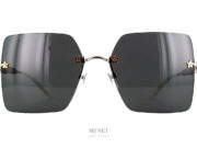 Grandes lunettes solaires sans monture. Les Gucci 644S sont de superbe lunettes très Stars au propre comme au figuré. Les verres sont décorés de petites étoiles tandis que les branches sont recouvertes de srtass superbement Bling Bling.