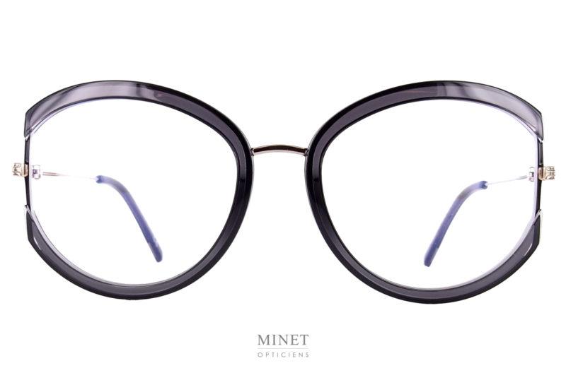 Les Tom Ford 5669 sont de nouvelles lunettes optiques pour dames combinée métal et acétate. Grandes rondes originale et très glamour.