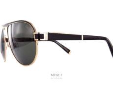 Superbe solaires de luxe, les Zilli 65028 sont de très belles lunettes solaires pilote en titane doublé or. Le double pont est finement ciselé et les verres sont joliment agrémentés d'une coque dorée.