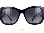 """Les Chanel 5469 Black sont de très belles solaires de luxe. Très chic grâce a leur couleur noire elles nous offrent la surprise d'avoir de très belles branches ajourées par un """"fenêtre"""" ."""
