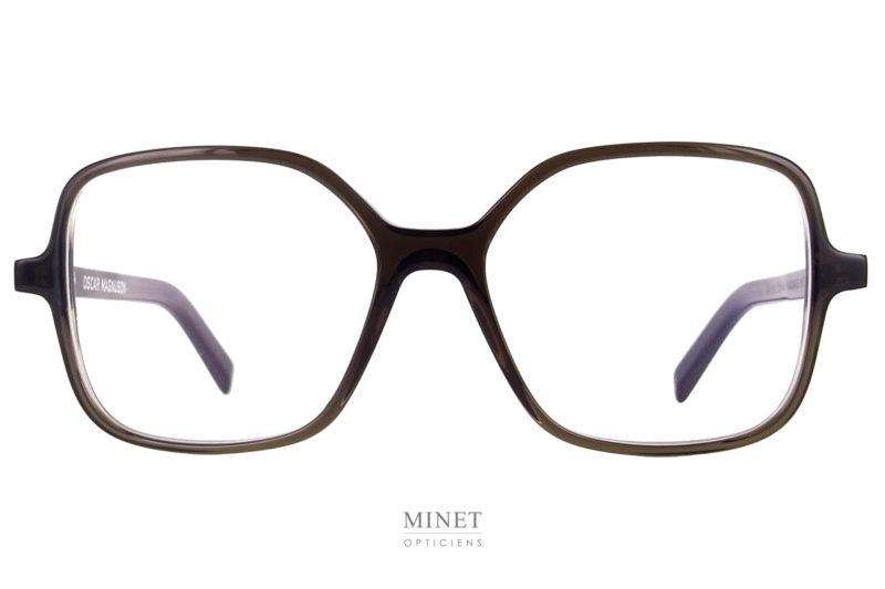 Les Oscar Magnuson Zizi sont des lunettes optiques dont la forme n'est pas sans rappeler les lunettes de Dustin Hoffman dans Tootsie. Bref une forme vintage complètement assumée.
