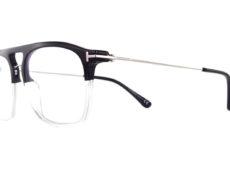 Superbe paire de lunettes originale. La face est rectangulaire bicolore présente un double ponts. Les branches en métal sont ultra fine. Bref, la Tom Ford TF 5588 est une superbe monture de style.
