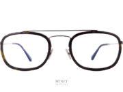 Toute nouvelle série. Les Tom Ford TF 5677 comme les 5676, font parties des nouvelles créations de chez Tom Ford. Petites lunettes en métal. Les cerclages sont surépaissis par des inserts en acétate de cellulose. Les Tom Ford 5677 sont de véritables petites lunettes de style rétro mais affirmé.