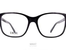 Lunettes optique de luxe, les Christian Dior 30 Montaigne MiniO BI sont de très belles lunettes pour dames. Grande montures rectangulaires légèrement papillonnante elles vous offriront un style unique et très élégant.