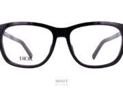 Dior Black Suit O S2I. Lunettes optique noires classiques et élégantes. les branches sont délicatement décorées d'un joli petit macaron blanc siglé CD.