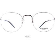 Très belles monture dans un style classique et pure. Les Saint Laurent SL 414/K sont des lunettes intemporelles au style qui passera les années sans prendre une ride.