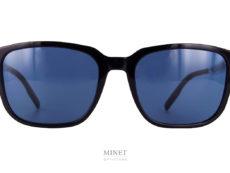 Les lunettes de soleil Dior Diortag sont des solaires classiques pour hommes. L'originalité de ces montures se trouve dans la branche argentée, presque miroir gravé du nom de la marque.