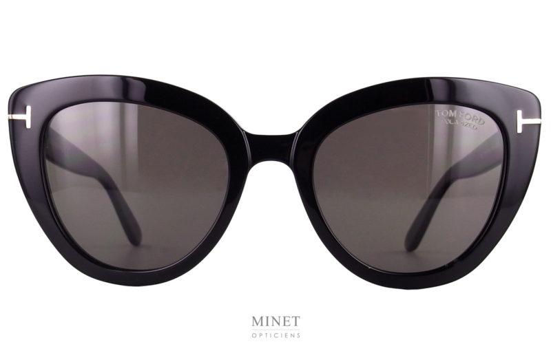 Tom Ford Izzi. Lunettes de soleil sexy pour dames de forme papillon. Ces solaires vous offriront une protection optimale grâce a leurs verres 100% anti UV.