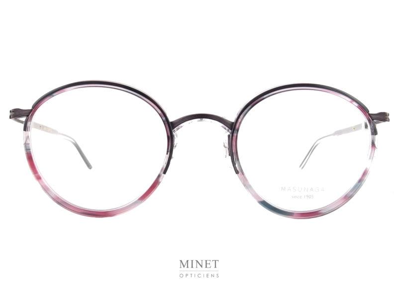 Les Masunaga GMS-116. Jolie lunettes combinées de forme pantos. les couleurs pastels en font une lunettes rétro avec un style contemporain.
