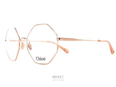 Les Chloé CH0022O sont de belles lunettes pour dames. La montures fine en métal de forme octogonale est très légère et robuste. très belles lunettes de luxe.