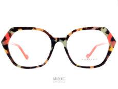 Très belles lunettes en acétate de cellulose de forme très féminine et super colorée et de forme papillon. telles sont les Face à Face Witty